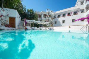 fotografo-esterni-piscina-hotel-costiera-amalfitana