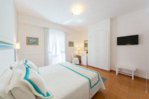 fotografo-interni-camera-hotel-costiera-amalfitana