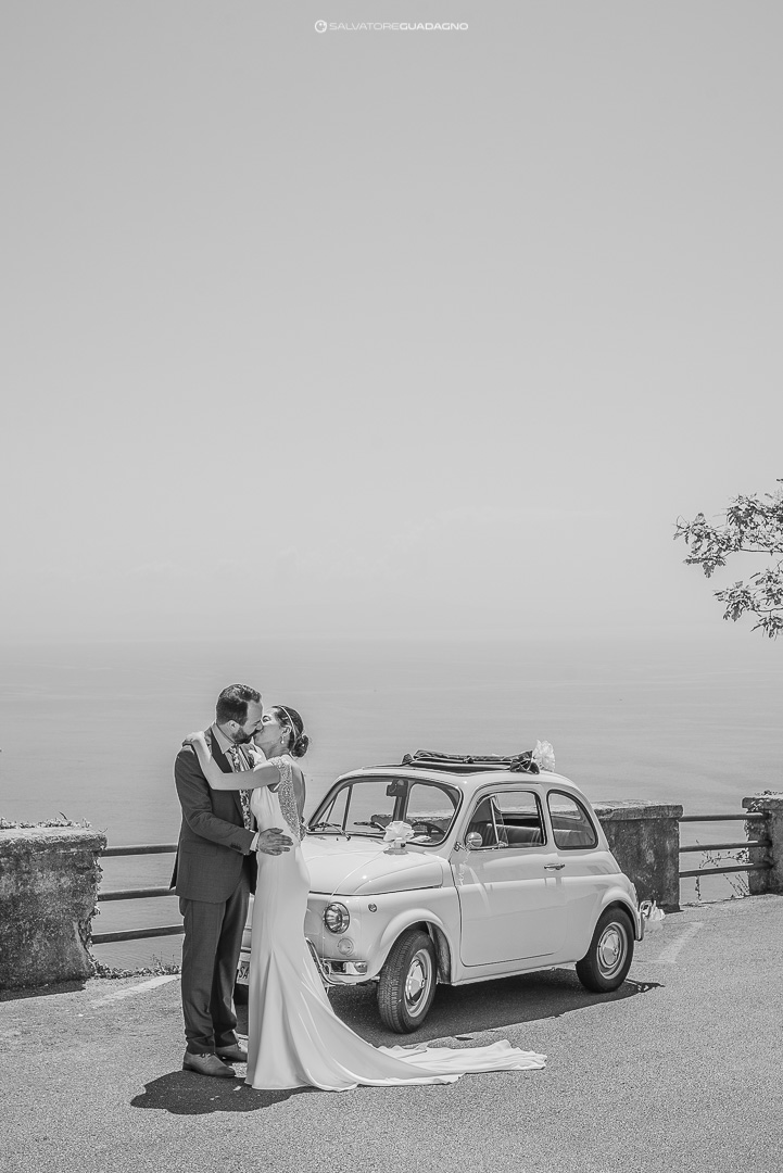 bacio-matrimonio-costiera-amalfitana-fotografo